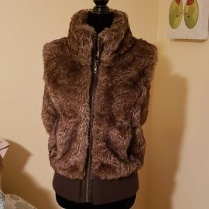 Fitted fur vest